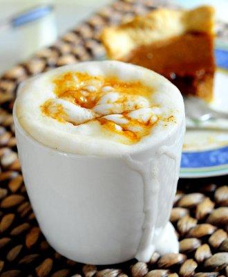 Homemade Caramel Brûlée Latte
